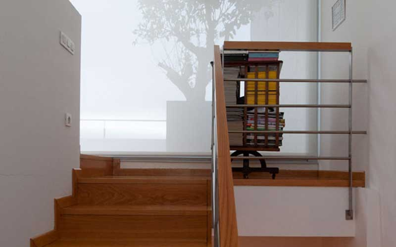 interior-casa-escaleras-superior
