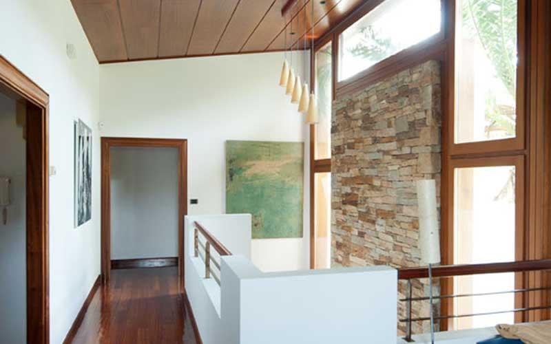interior-vivienda-ilumniada